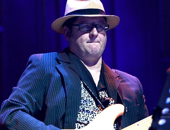Kevin Singer Solo Musician Melbourne - Wedding Singers