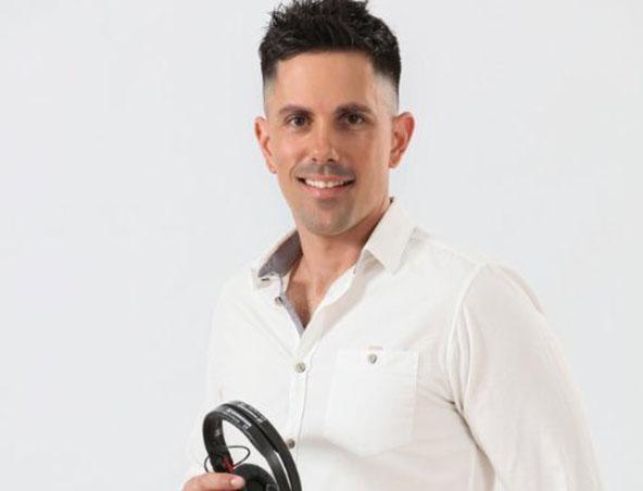 Melbourne Wedding DJ - Pete