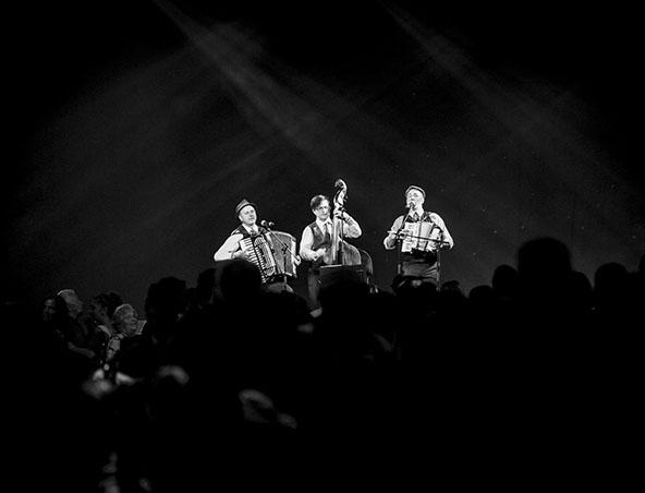 Melbourne Italian Band - Music Trio - Entertainers Musicians