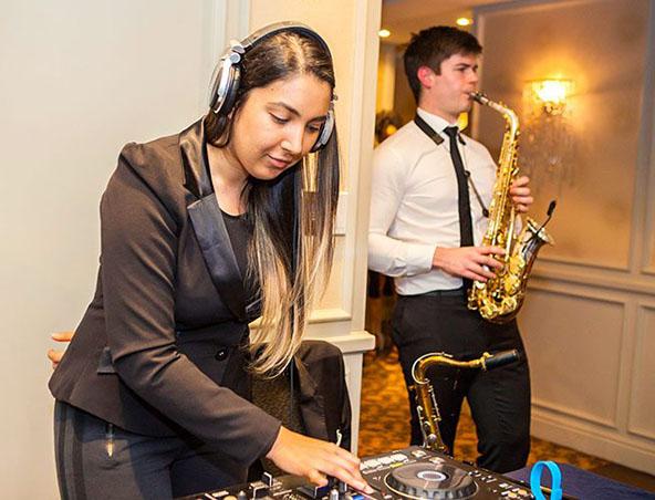 Mebourne Saxophone Player - Nathan