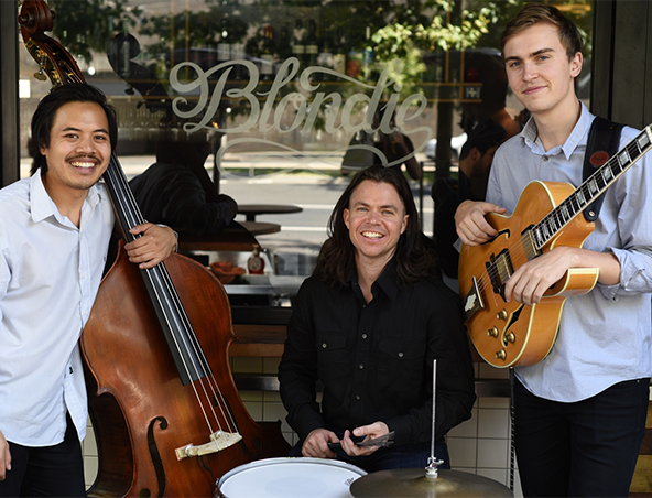 Sway Jazz Band Melbourne - Singers Entertainers - Hire Musicians