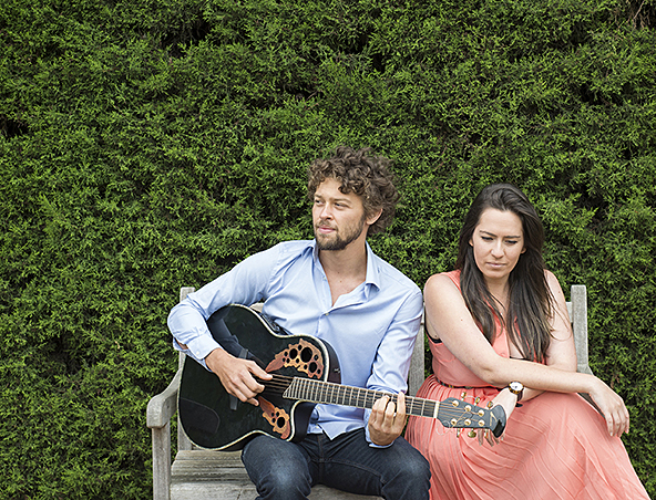 Wendybird Acoustic Duo Melbourne - Wedding Singers Musicians - Entertainers