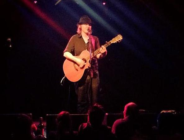 Andy Acoustic Soloist Singer Melbourne - Musicians Singers - Entertainers