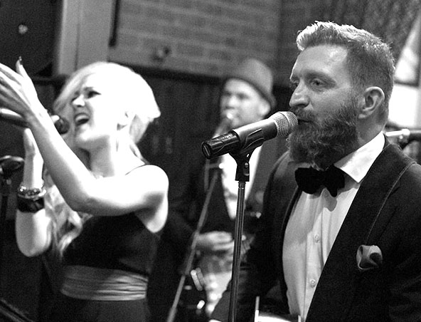 Craig Francis Music Cover Band Melbourne - Wedding Singers Entertainment