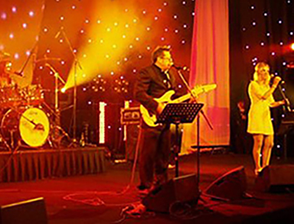 Marmalade Cover Band Melbourne - Singers - Musicians Entertainers