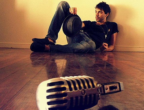 Melbourne Solo Acoustic Singer - Jason