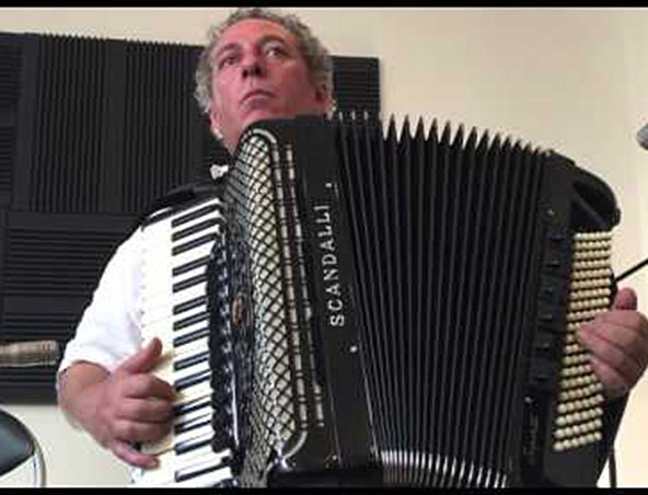 Melbourne Accordion Player