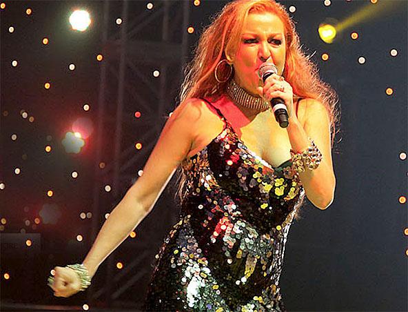 Melbourne Singer Nikki Colombo