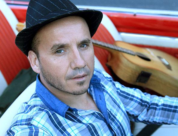 Peter Acoustic Soloist Melbourne - Singer Musician - Wedding