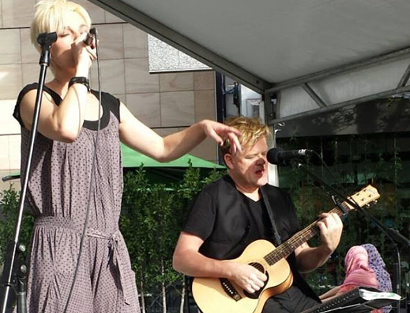 Under The Apple Tree Cover Band Melbourne - Music Trio