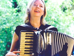 Accordion Player Melbourne Jo