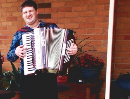Accordion Player Melbourne